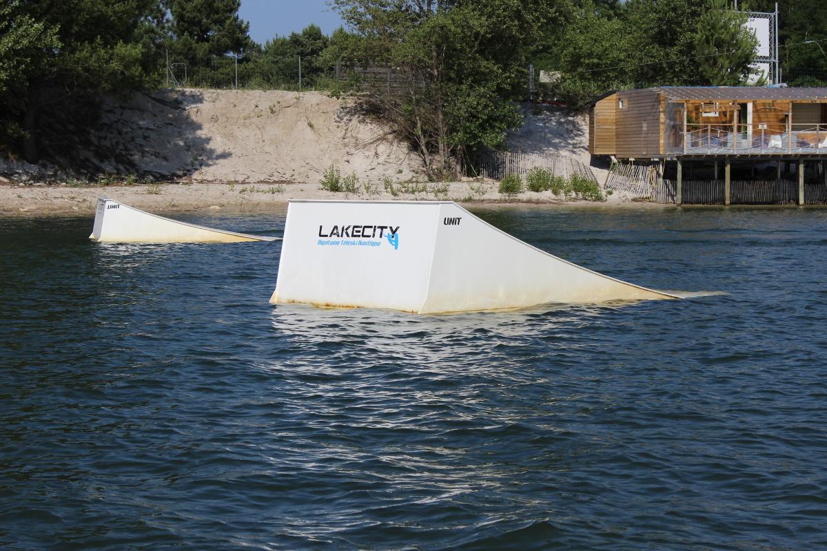 High kicker lakecity